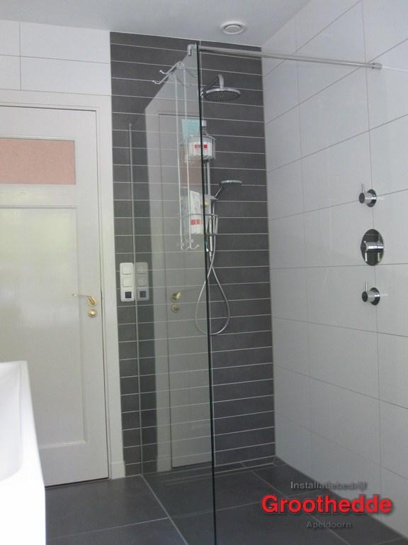 Goedkope Badkamer Kasten ~ 79 Een nieuwe badkamer in jaren 30 woning in de van Heutszlaan in