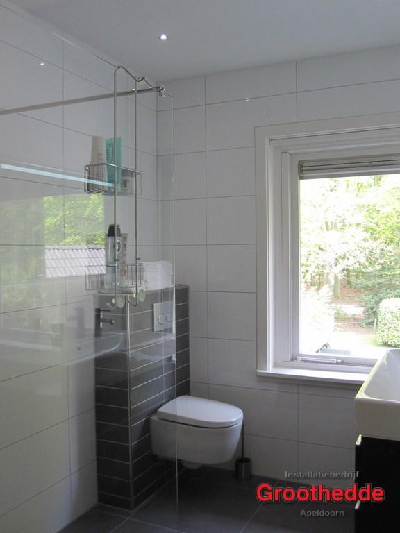 79 een nieuwe badkamer in jaren 30 woning in de van heutszlaan in apeldoorn 3 - Renovateer een huis van de jaren ...